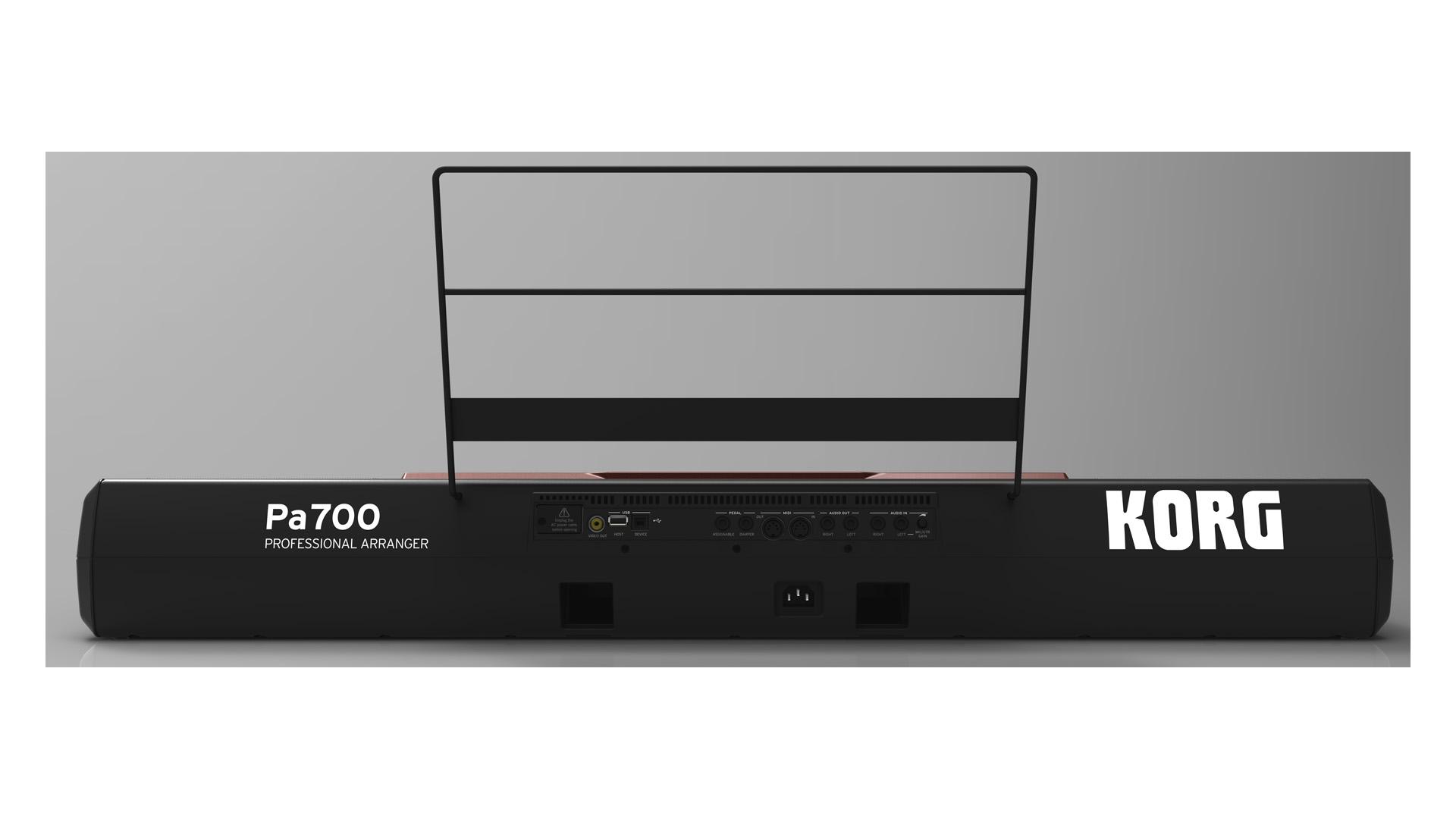 KORG Pa700